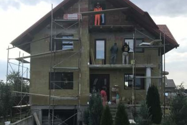 Fatada casa izolatie minerala