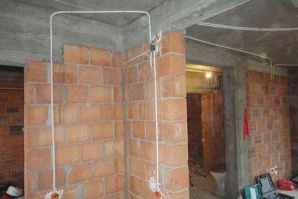 instalatie-electrica-interioara43A782D9-E84D-E38C-549A-0BBE2013CA25.jpg