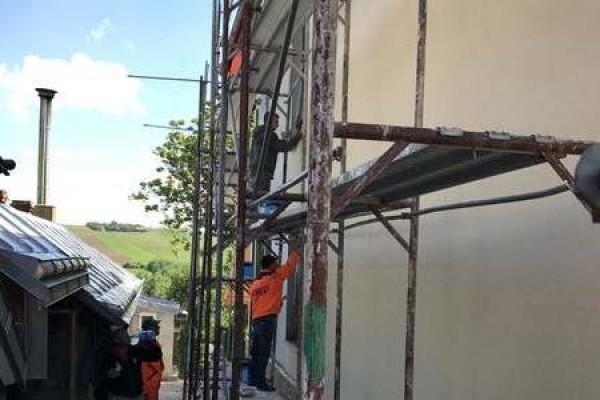 Finisaje amenajare exterioara casa cu etaj